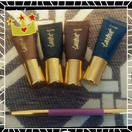 Photo of tarte Gallery Gals Deluxe Tarteist™ Eyeliner Set uploaded by Aleesia M.