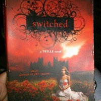 Switched (A Trylle Novel) uploaded by Danielle P.