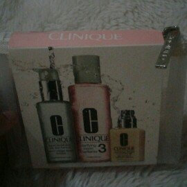 Clinique 3-Step Skin Care System For Skin Type 3 uploaded by Abril M.