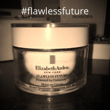 Photo of Elizabeth Arden FLAWLESS FUTURE Powered by Ceramide™ Moisture Cream Broad Spectrum Sunscreen SPF 30 uploaded by Courtney T.