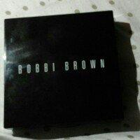 Bobbi Brown Sheer Finish Pressed Powder uploaded by Zolwandle M.