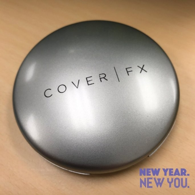 COVER FX Perfect Pressed Powder Light 0.42 oz/ 12 g uploaded by Jae o.
