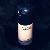MAC Mineralize Moisture SPF15 Foundation uploaded by Yesenia G.