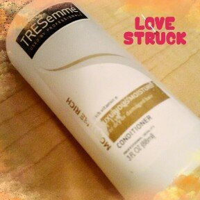 Photo of TRESemmé Moisture Rich Conditioner Luxurious Moisture uploaded by Marionette D.