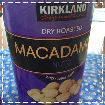 Kirkland Signature Kirkland Dry Roasted Macadamia Nuts with Sea Salt 680g (1.5 LB) uploaded by Stacy S.