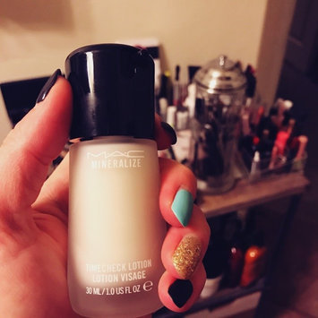 Photo of M.A.C Cosmetics Mineralize Timecheck Lotion uploaded by Kelli W.