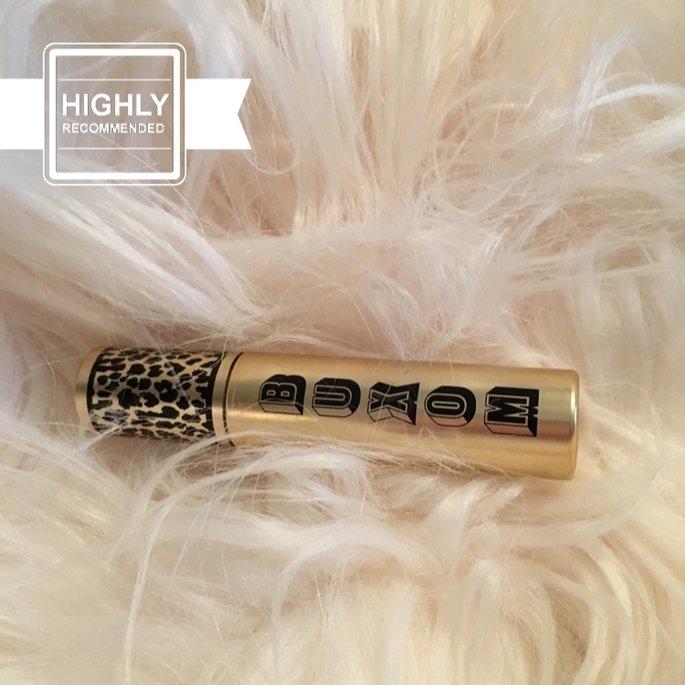 Buxom Vanity Lash Mascara with Full & Fabulous Brush. 5 Ml/ 0.16 Oz uploaded by Hannah C.