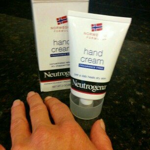Neutrogena Norwegian Formula Hand Cream uploaded by Christine C.