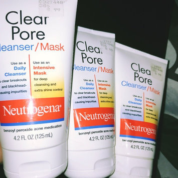 Photo of Neutrogena® Clear Pore Cleanser/Mask uploaded by Lynnese F.