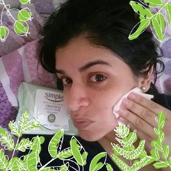 Simple® Eye Makeup Remover Pads uploaded by Maria G.