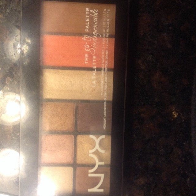 NYX Cosmetics Go-To Palette uploaded by Anne T.