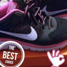Photo of Nike Kids Flex 2015 Rn (GS) Running Shoe uploaded by Maria g.