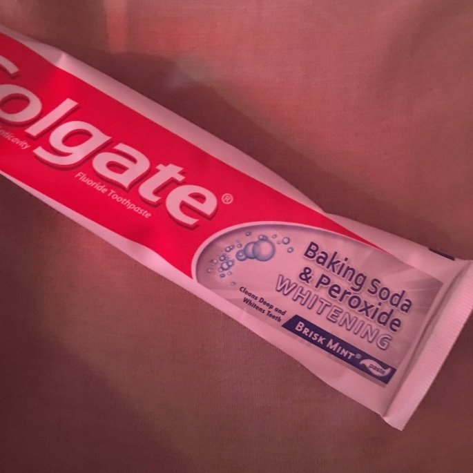 Colgate Baking Soda and Peroxide Whitening Brisk Mint Toothpaste uploaded by Gabrieliz G.