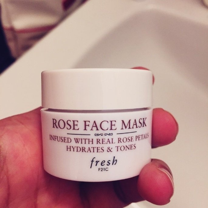 Fresh Rose Face Mask 100ml/3.5oz uploaded by anjali r.