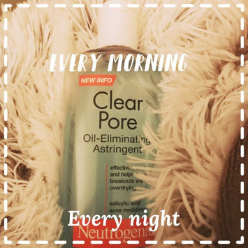 Neutrogena Clear Pore Oil-Controlling Astringent uploaded by Glendaliz T.