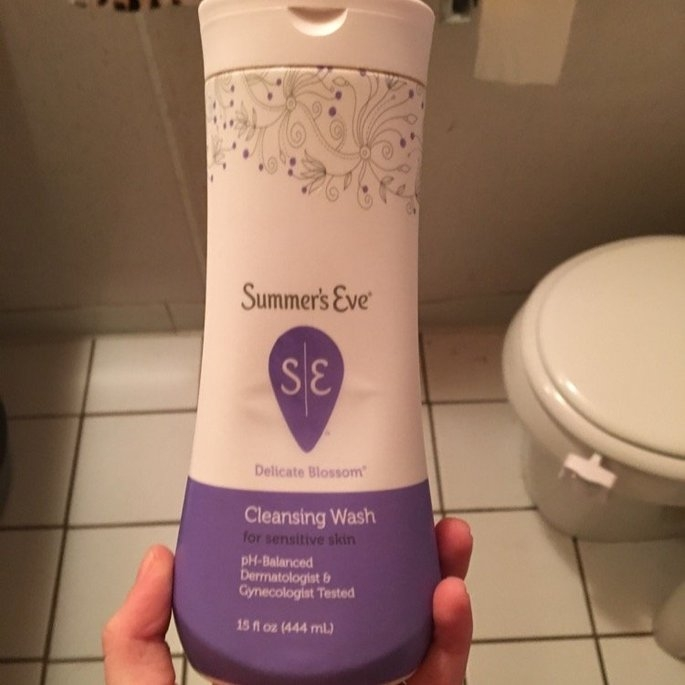 Summer's Eve Cleansing Wash for Sensitive Skin uploaded by Claire M.