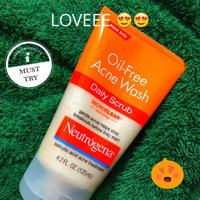 Neutrogena Oil Free Acne Wash Daily Scrub uploaded by Megan B.