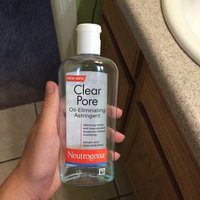 Neutrogena Clear Pore Oil-Controlling Astringent uploaded by hailey r.