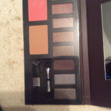 Photo of Colormates 12pan Eyeshadow Warm Pack Of 6 uploaded by Claudina B.