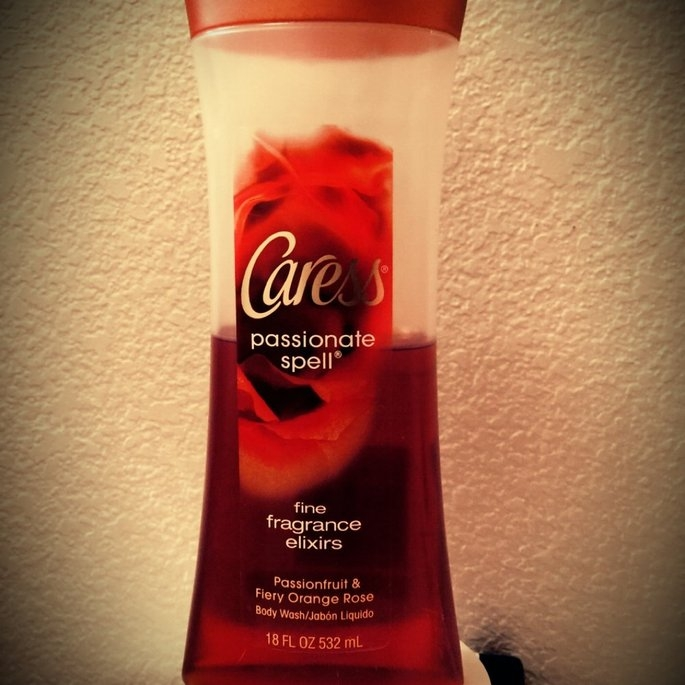 Caress® Scarlet Blossom™ Fine Fragrance Elixirs Body Wash uploaded by Irene B.