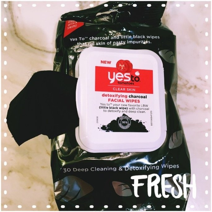Yes to Tomatoes Clear Skin Detoxifying Charcoal Facial Wipes uploaded by Hannah K.