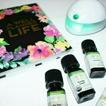 SpaRoom Aroma Mist Oil Diffuser - White uploaded by Mirza Faith W.
