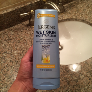 Photo of JERGENS® Wet Skin® Moisturizer with Nourishing Monoi Oil uploaded by Dana M.