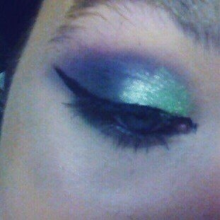 Younique Moodstruck Mineral Eye Pigment uploaded by member-4789ee624