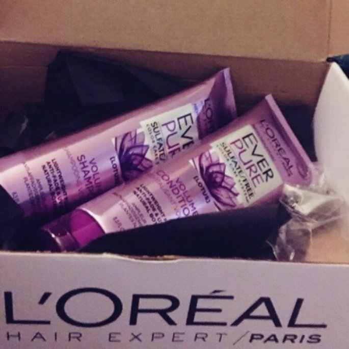 L'Oréal Paris Hair Care Hair Expertise Ever Pure Moisture Conditioner uploaded by Kaela L.