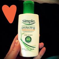 Simple Protecting Light Moisturizer SPF 15 uploaded by Hannah P.