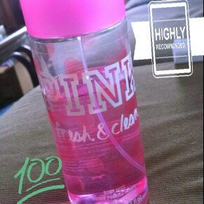 Photo of Victoria's Secret Fresh & Clean Body Mist 8.4 oz (250 ML) (New Packaging) uploaded by Danielle M.