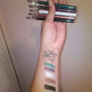 E.l.f. Cosmetics e.l.f. Essential Shimmer Eyeliner Pencil uploaded by Rhianna K.