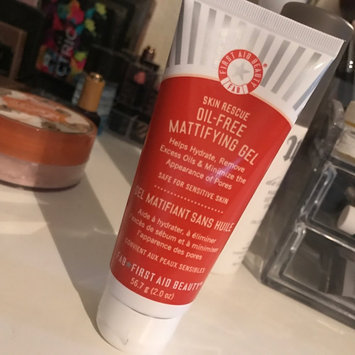 First Aid Beauty Skin Rescue OilFree Mattifying Gel 2 oz uploaded by Sara F.