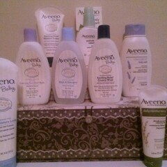 Aveeno Baby Essential Daily Care for Baby & Mommy Gift Set uploaded by April S.