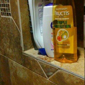 Garnier Fructis Haircare Triple Nutrition Extra Nourishing Cream Fortifying Shampoo uploaded by Shawna-Leigh G.
