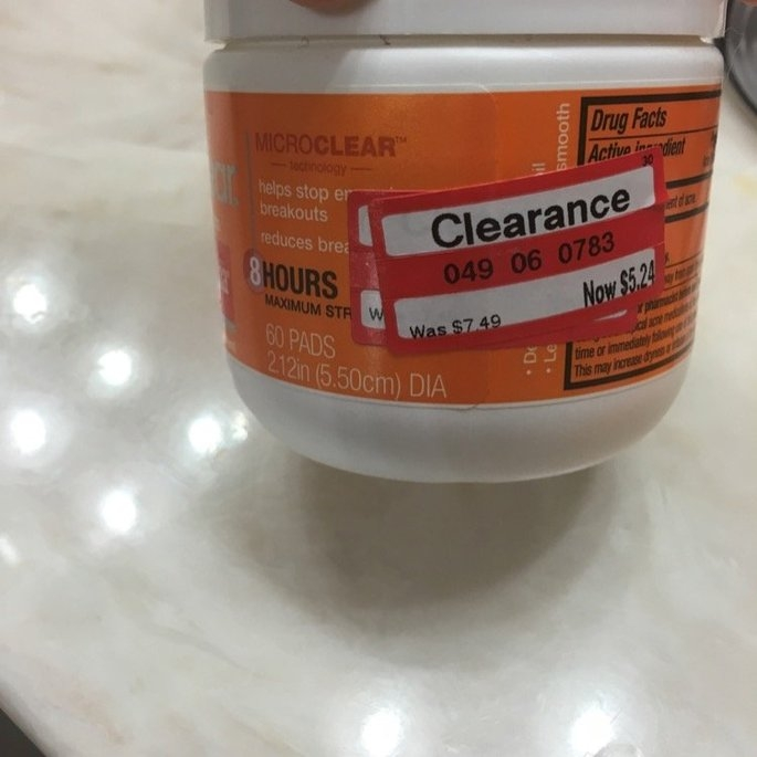 Neutrogena Rapid Clear Treatment Pads uploaded by Anelis S.