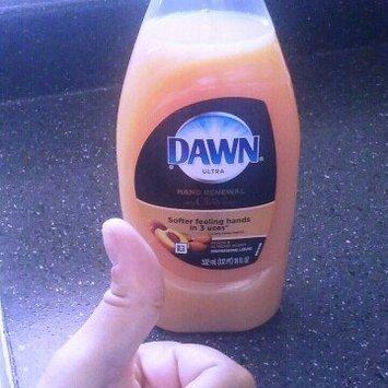 Dawn Hand Renewal Peach & Almond Dishwashing Liquid uploaded by Parisse N.