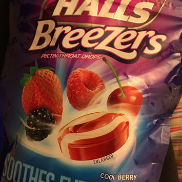 Halls Breezers: Cool Berry Non-Mentholated Pectin Throat Drops uploaded by Andrea N.