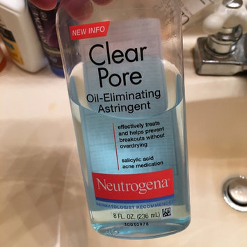 Photo of Neutrogena Clear Pore Oil-Controlling Astringent uploaded by Mona J.