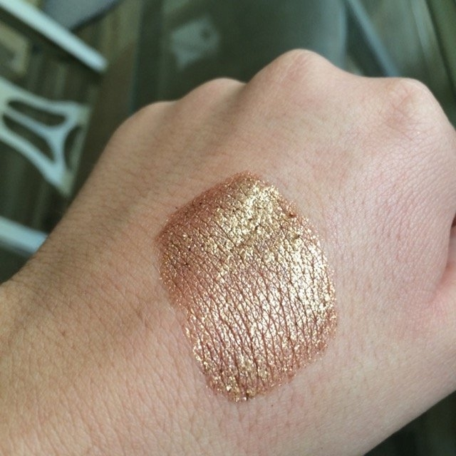 Stila Magnificent Metals Foil Finish Eye Shadow uploaded by Taylor B.