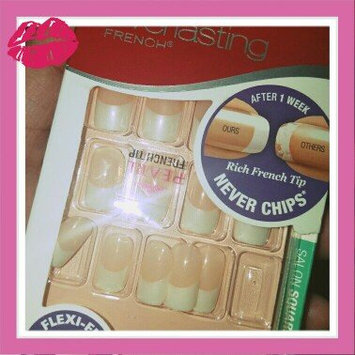 Kiss Everlasting French Pearl French Tip Nails Real Short Length - 28 CT uploaded by Krissy C.