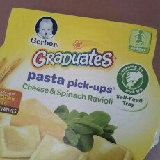 Photo of Gerber Graduates for Toddlers Pasta Pick-Ups Spinach & Cheese Ravioli uploaded by Rachael M.