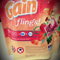 Gain Flings Tropical Sunrise Scent Laundry Detergent Pacs uploaded by Marilyn F.