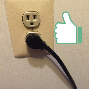 Photo of Tripp Lite 7 Outlet Surge Protector/Suppressor Power Strip 7ft Cord Right Angle Plug (SUPER7B) uploaded by Veronica M.