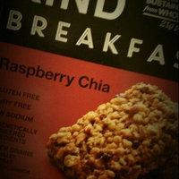 KIND® Raspberry Chia Breakfast Bars uploaded by Siquoria B.