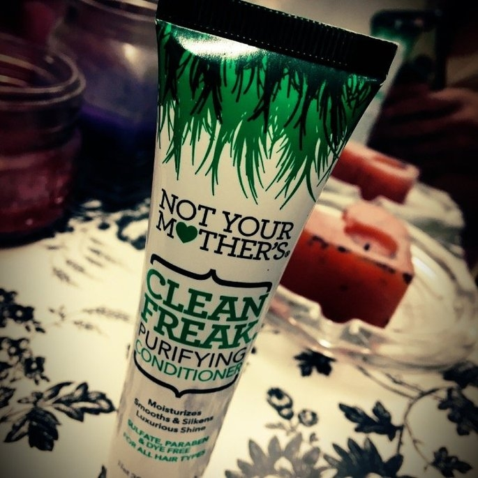 Not Your Mother's Clean Freak Purifying Conditioner uploaded by Kamberlee J.