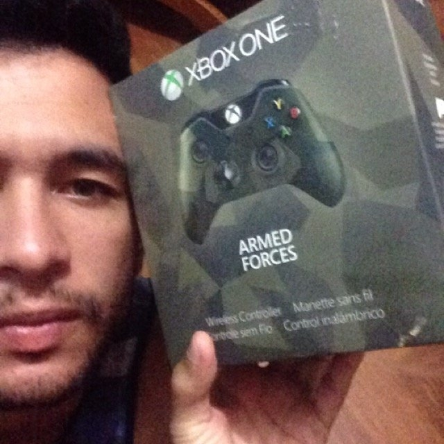 Microsoft Xbox One Special Edition Armed Forces Wireless Controller uploaded by Douglas R.