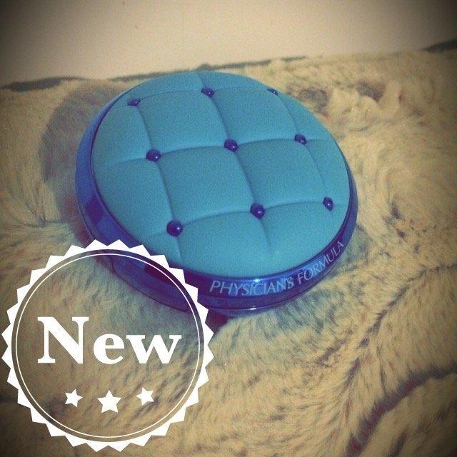 Physicians Formula® Mineral Wear® Talc-Free All-in-1 Cushion Foundation Light/Medium 6657 0.47 fl. oz. Box uploaded by Jessica L.