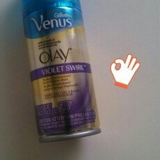 Photo of Gillette Venus Ultramoisture Violet Swirl Shave Gel with Olay uploaded by G G.