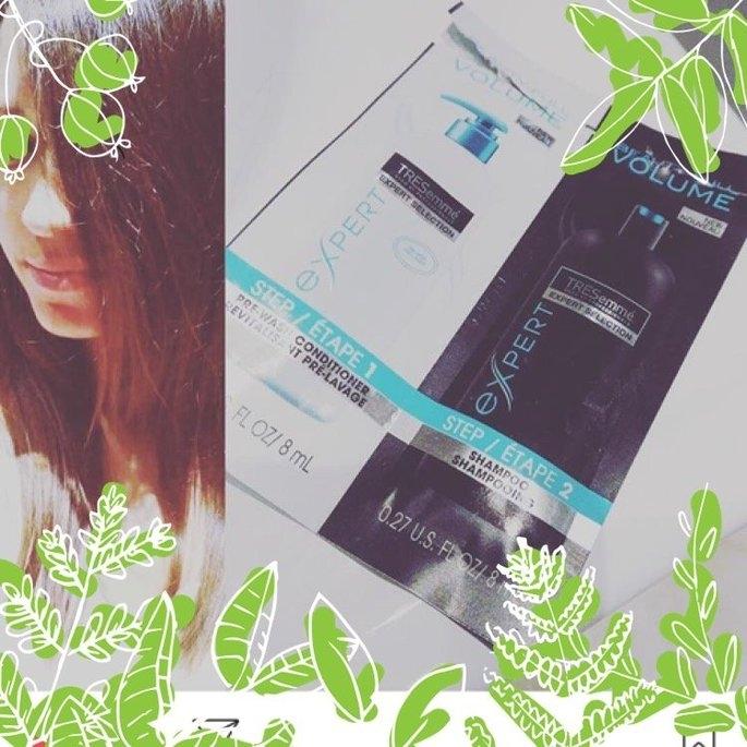 TRESemmé Beauty-FULL Volume Pre-Wash Conditioner & Shampoo uploaded by Aleksandra D.